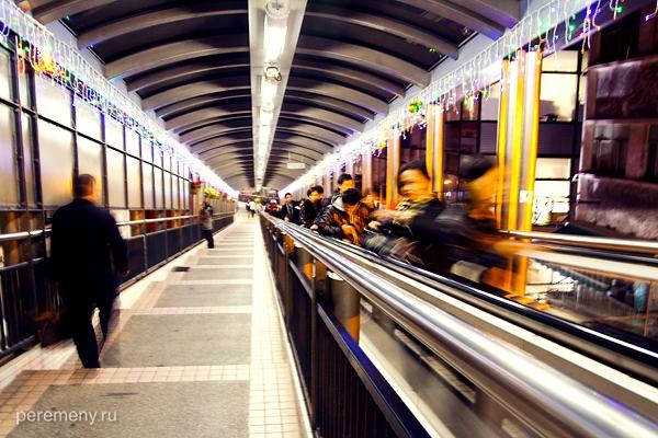 Самый длинный в мире уличный эскалатор
