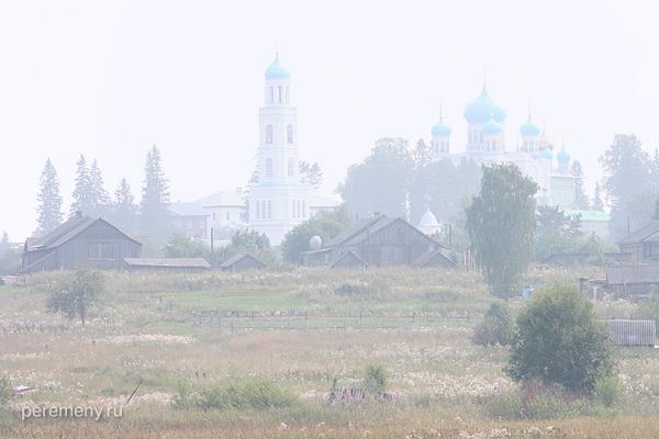 сгущается. Аврамиев монастырь на Чухломском озере
