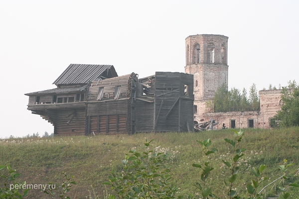 Деревянная церковь в Предтече рухнула
